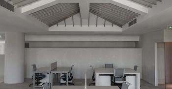 办公室装修设计让理想空间充斥着现实